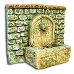 Fontaine rectangulaire avec mur , accessoire miniature