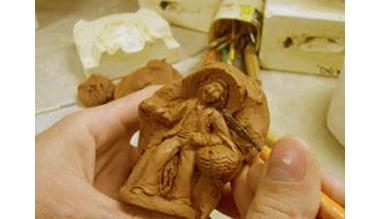 Je crée mes santons au pied du Garlaban à Aubagne Pays des Santons et de Pagnol.
